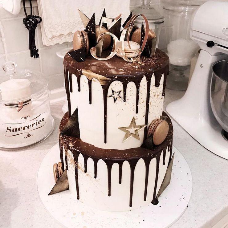 Большой двухэтажный торт мужчине мужу на юбилей 50 лет