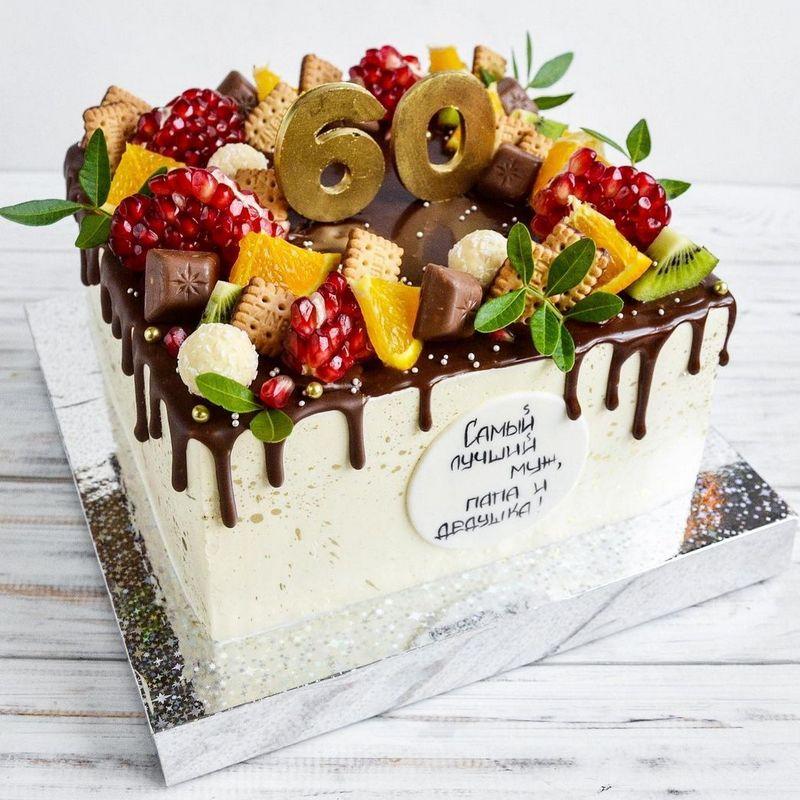 Торт квадрат с фруктами на юбилей 60 лет