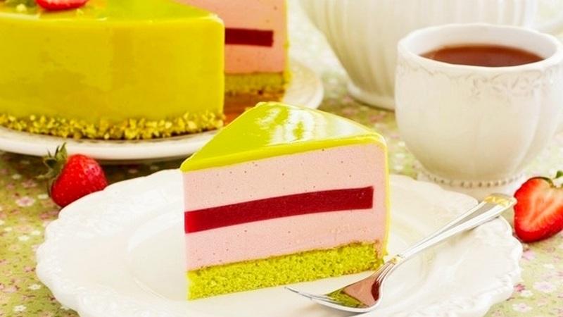 Торт муссовый фисташка клубника - простой рецепт