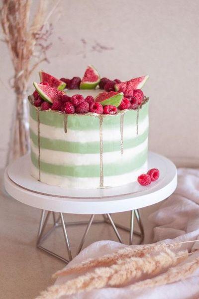 Торт муссовый «Феличита» кокос - фисташка - вишня украшение