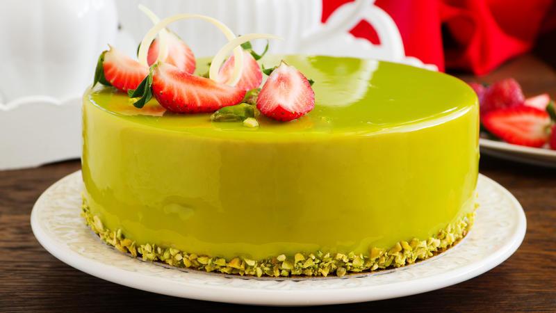 Торт муссовый фисташка клубника - простой рецепт зеркальная глазурь