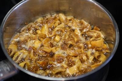 Инжирный крем для торта инжир - фундук - кофе шаг 2