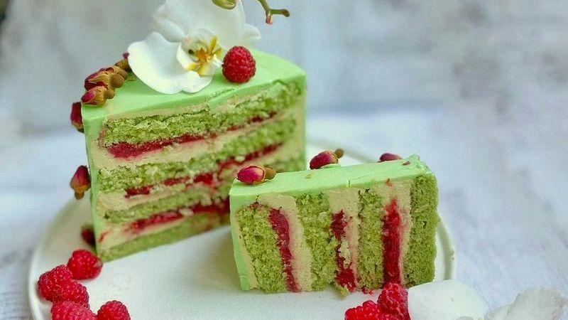 Фисташковый торт с малиной рецепт простой