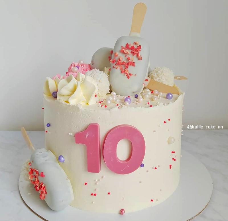 Торт девочке на 10 лет с полностью съедобным декором