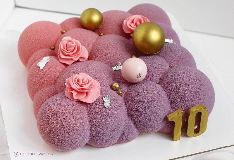 Муссовый торт градиент велюр девочке на 10 лет