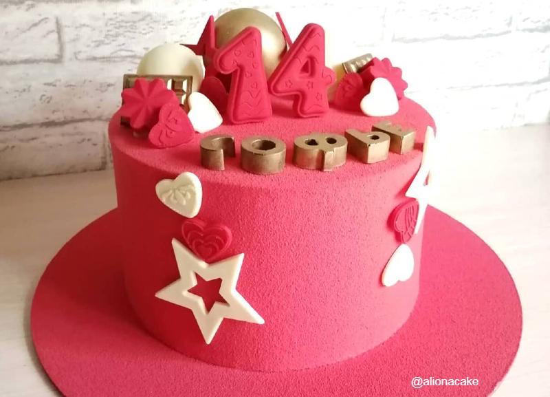 Торт розовый велюр девочке на 14 лет