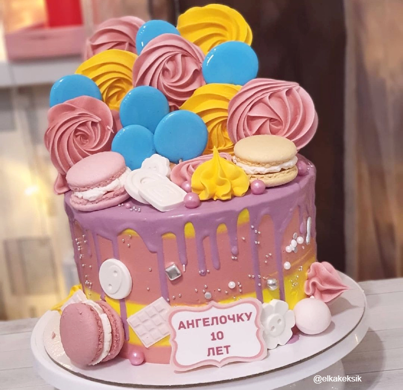 Торт без мультяшных герое девочке на 10 лет