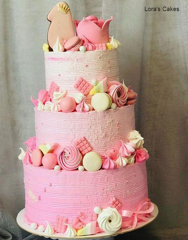Большой торт для девочки на день рождения 1 год с градиентом
