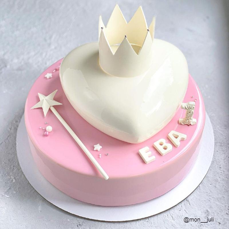 Муссовый торт сердце девочке на годик