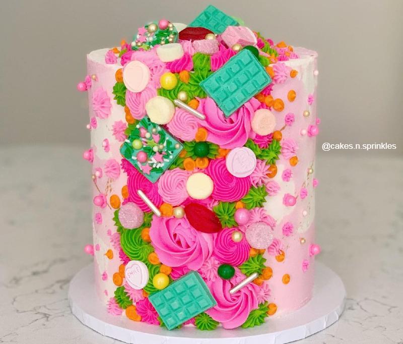 Торт высокий необычный девочке на день рождения на 10 лет