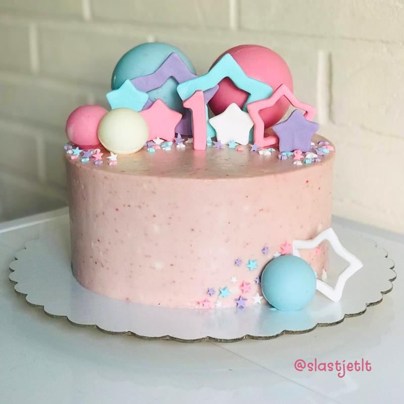 Торт девочке на день рождения наа годик