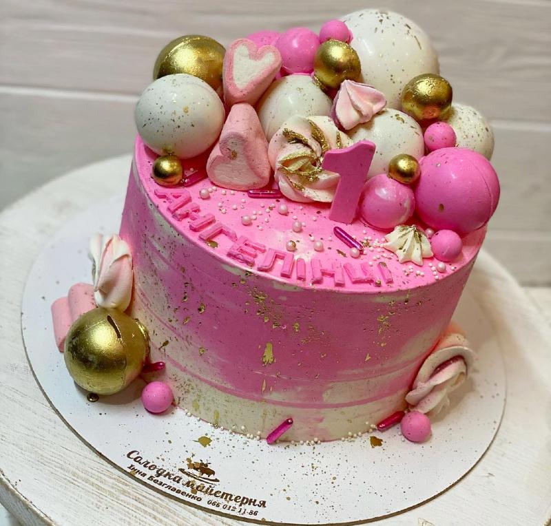 Розовый торт девочке на 1 год