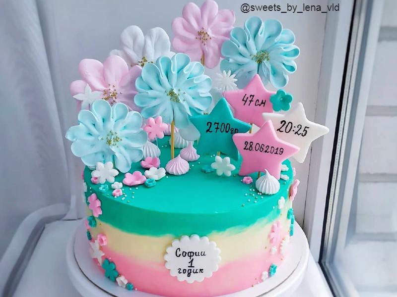 Тортик с цветочками девочке на годик