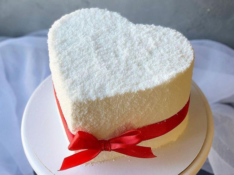 Торт Рафаэлло сердце для любимых на праздник