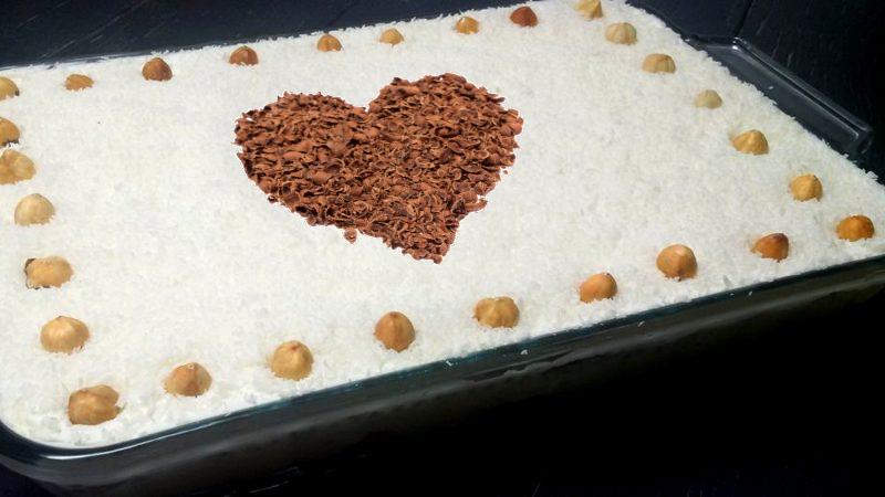 Торт Рафаэлло без выпечки на 8 марта или день матери