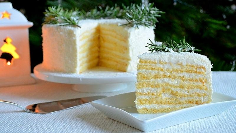 Торт Кокосовое наслаждение с молочными коржами и крем чизом рецепт