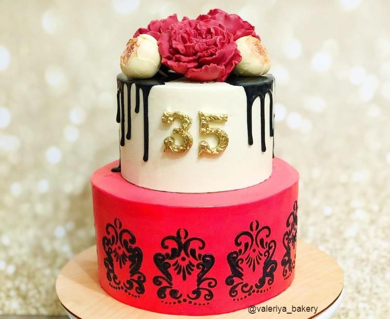 Стильный торт женщине на 35 лет