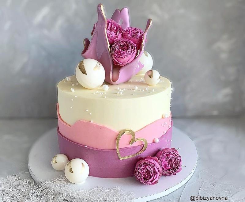 Торт для девушки или женщины