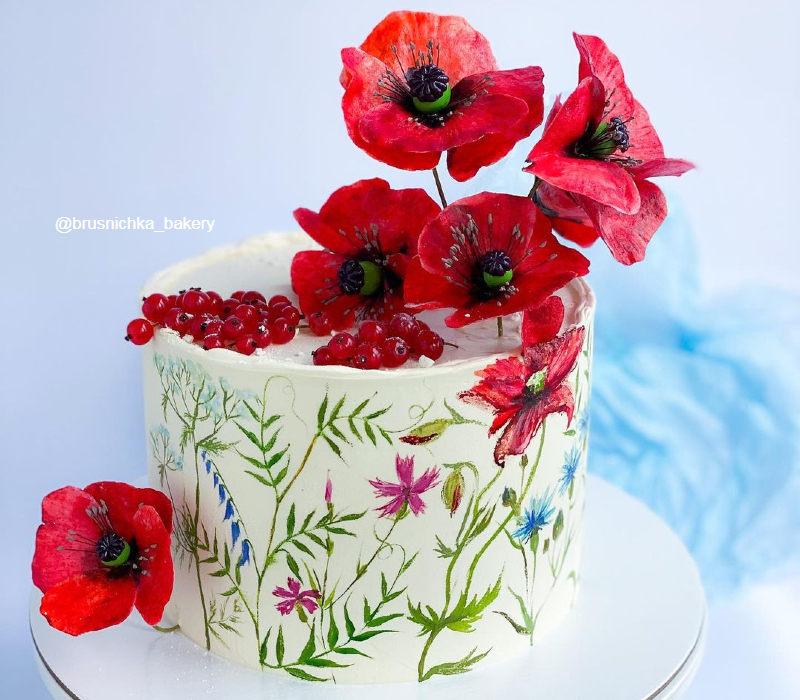 Торт с красивыми полевыми маками женщине на день рождения