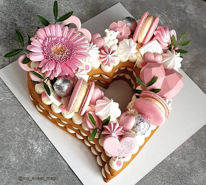 Торт сердце женщине на юбилей