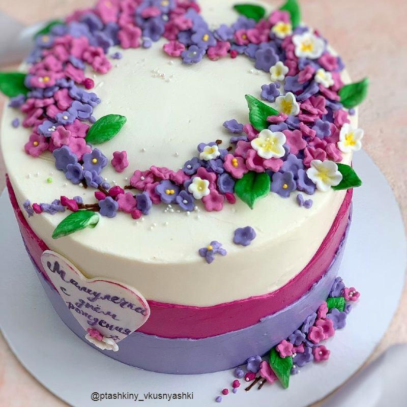 Торт сердце из серени маме на день рождения
