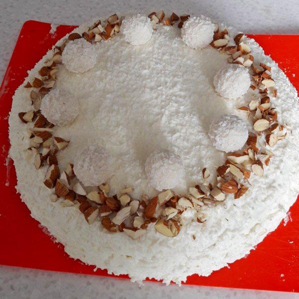 rafaello-tort-po-klassicheskomu-receptu.jpg